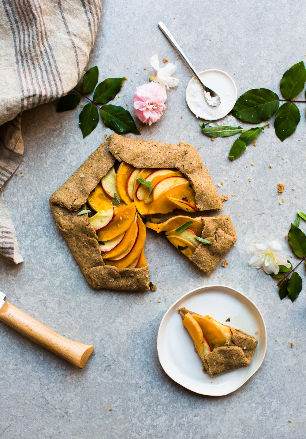 2-Butternut-Squas- and-Apple-Galette | www.mariereginato.com.jpg