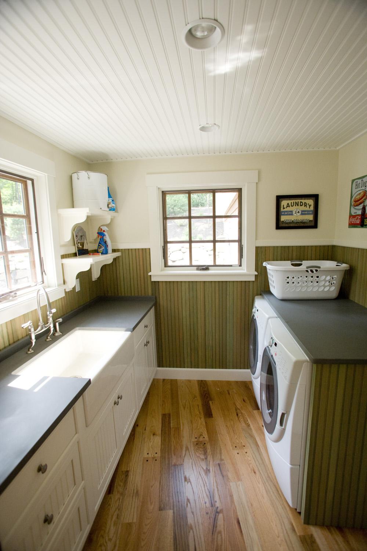 9-013_Laundry Room.jpg