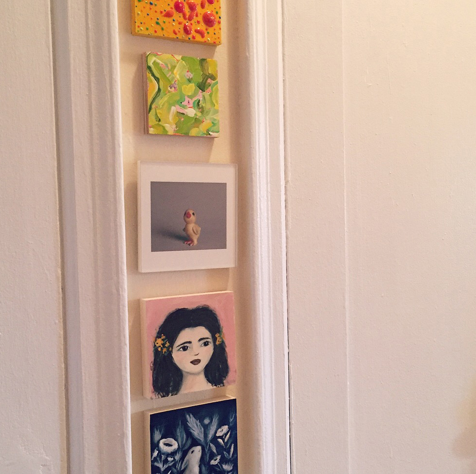Allyn_Howard_foyer-small-art_2_btwn-closets.jpg
