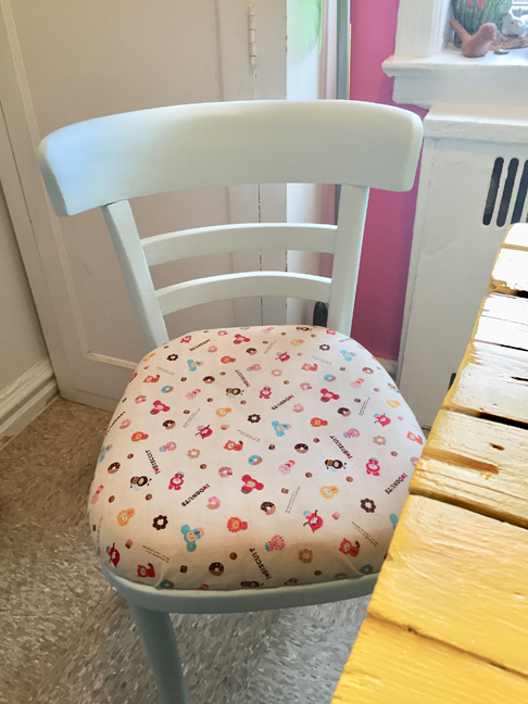 Allyn_Howard_painted-chair_cute_fabric.jpg