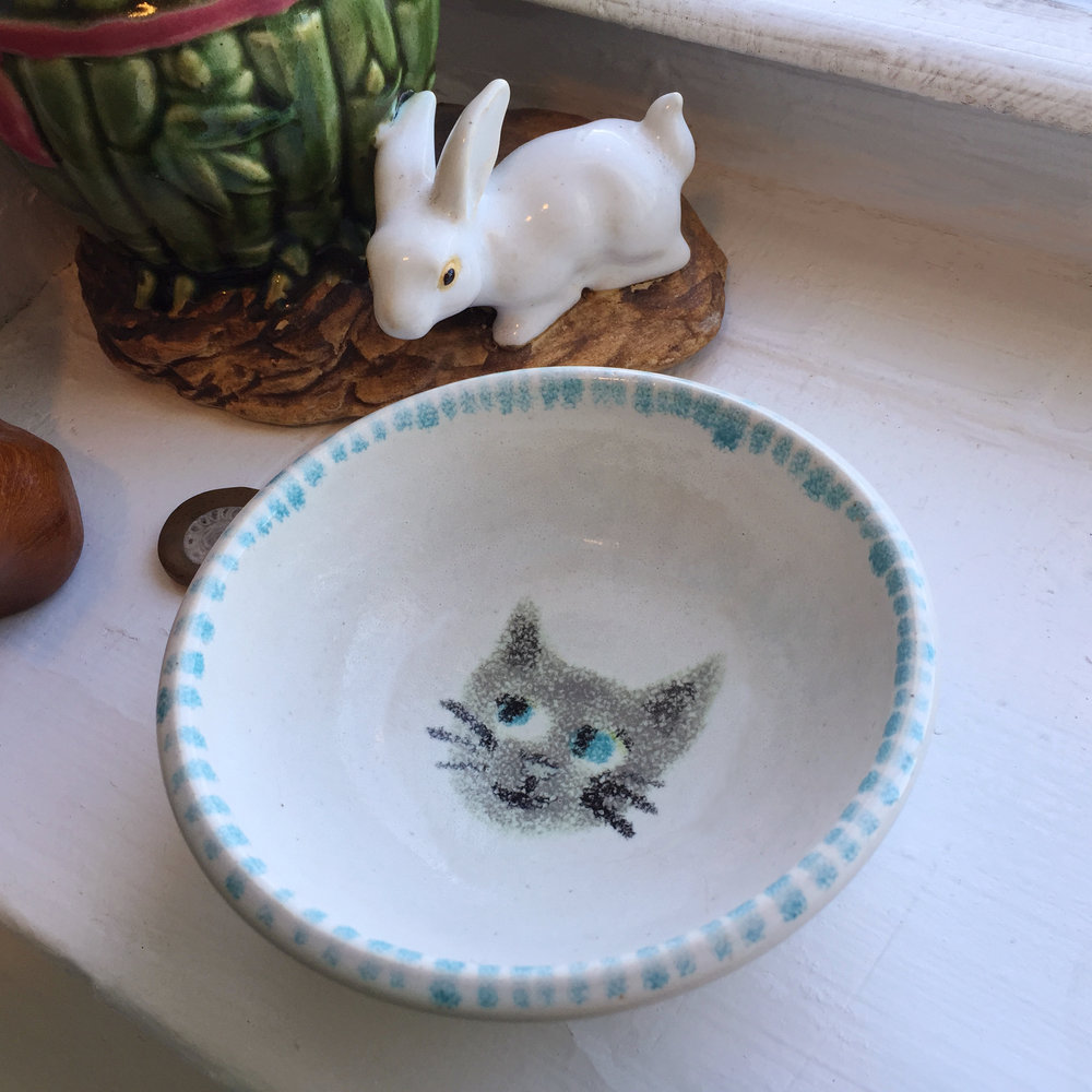 Allyn_Howard_1 kitchen-KL-cat_ring-dish_bunny-planter.jpg