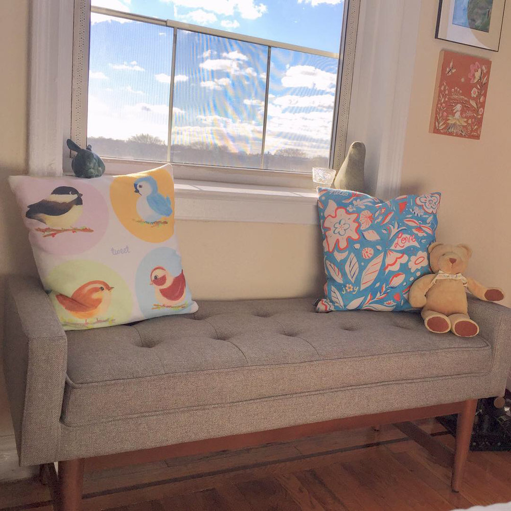 2018-11-29 settee_Allyn_Howard-pillows.jpg