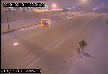 TrafficVision video analytics detect a stopped vehicle on a snowy median. An incident notice is immediately pushed to the TMC operators.