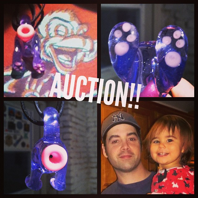 AUCTION for my friend @hnkmibs fund for his legal expenses during his fight for his daughter who he loves so much. Harry has been a marble maker and a part of this community for a decade or so now.  If you know Harry you know she is the light of his life and it breaks my heart to see him have to go through this struggle.  All funds go directly to Harry's legal bills.  Auction for this cat butt pendant in a beautiful purple by @greasyglassnshit First of its breed.  Bidding starts at $50, increments of at least $10 , bidding ends at midnight tonight , 10 min anti sniping extension.  Have fun, and thank you all for your bids #mtpglass #glassofig #pendantsofig #catbutt #cats #auctions #glass_of_ig