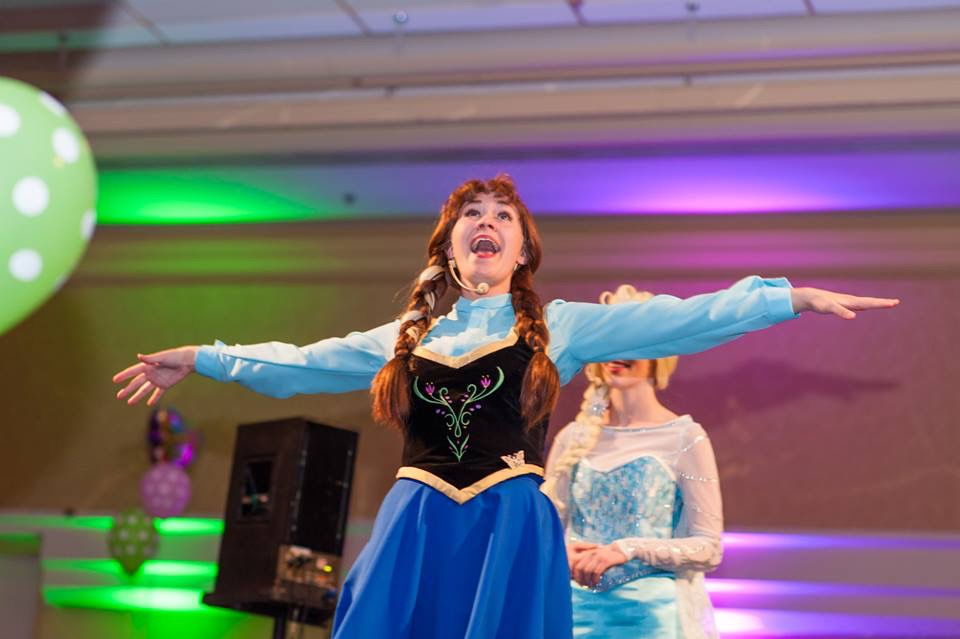 Anna and Elsa Children's Wish Tea 2015 2.jpg