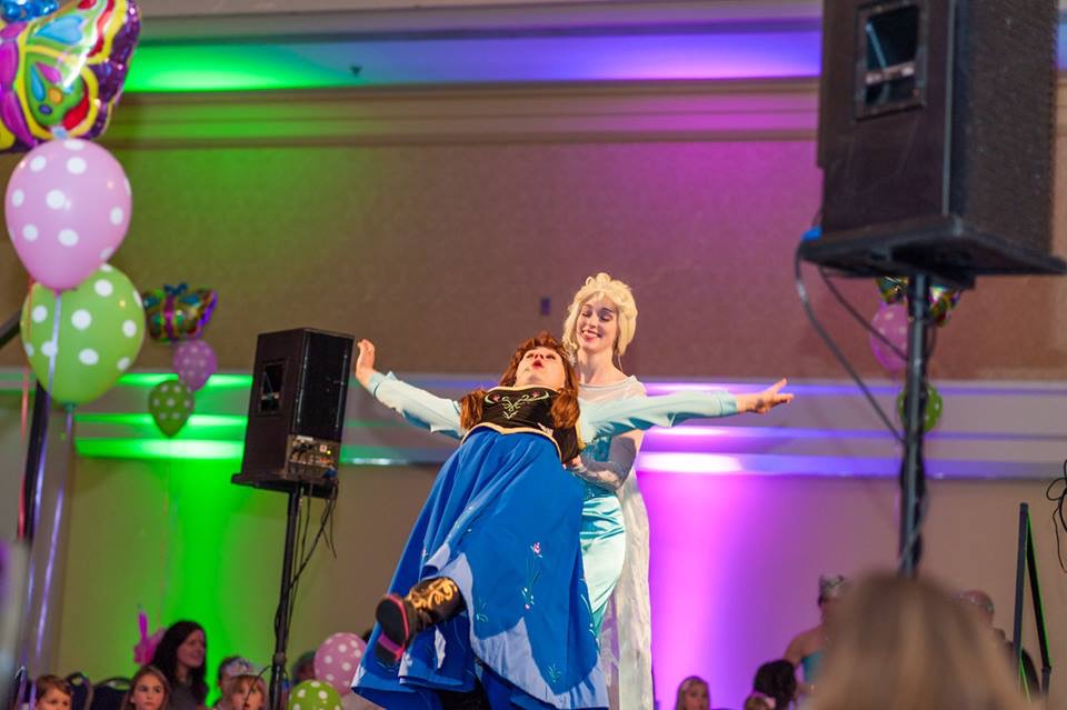 Anna and Elsa Children's Wish Tea 2015.jpg