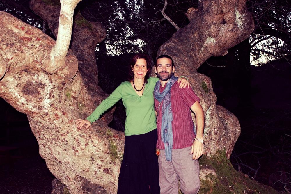 Mateo & Jnana Tree.JPG