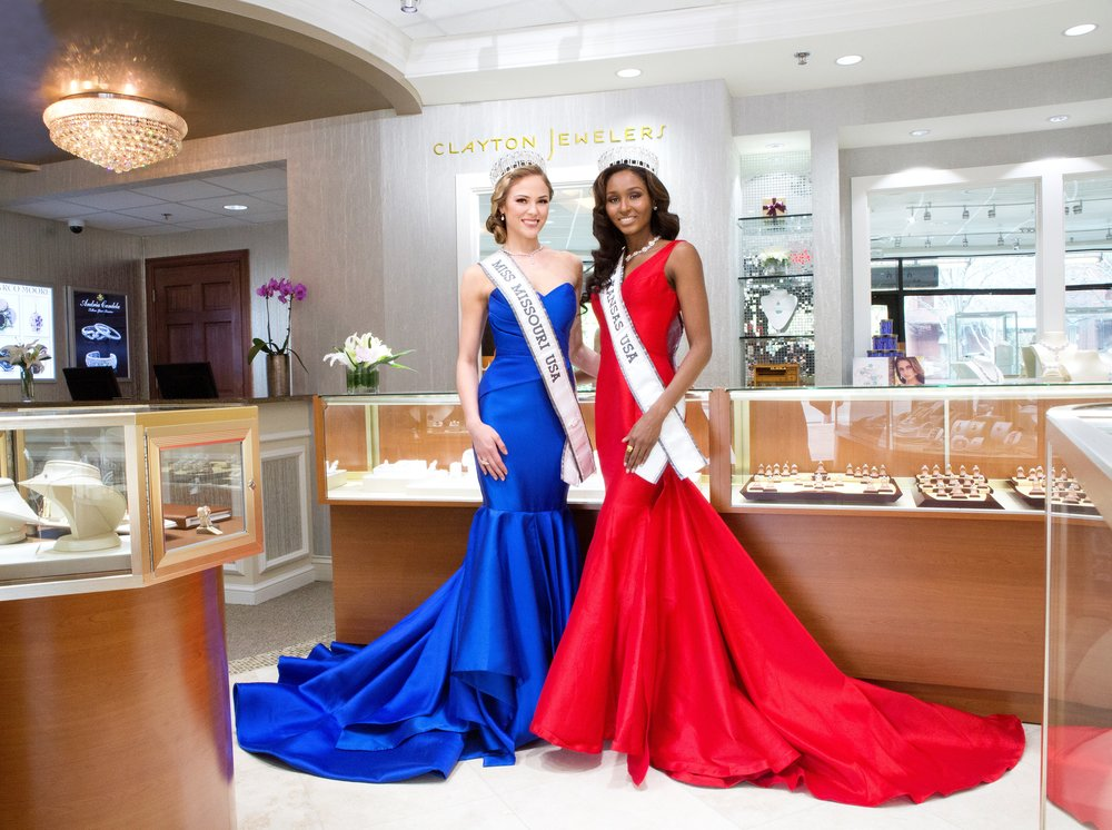 March 20th, 2016: We are thrilled to have MISS MISSOURI USA 2016 and MISS KANSAS USA 2016 sponsoring Clayton Jewelers! Both Sydnee and Victoria are such wonderful women who have done so much for their communities. We are honored that they will be wearing Clayton Jewelers at the upcoming MISS USA pageant!