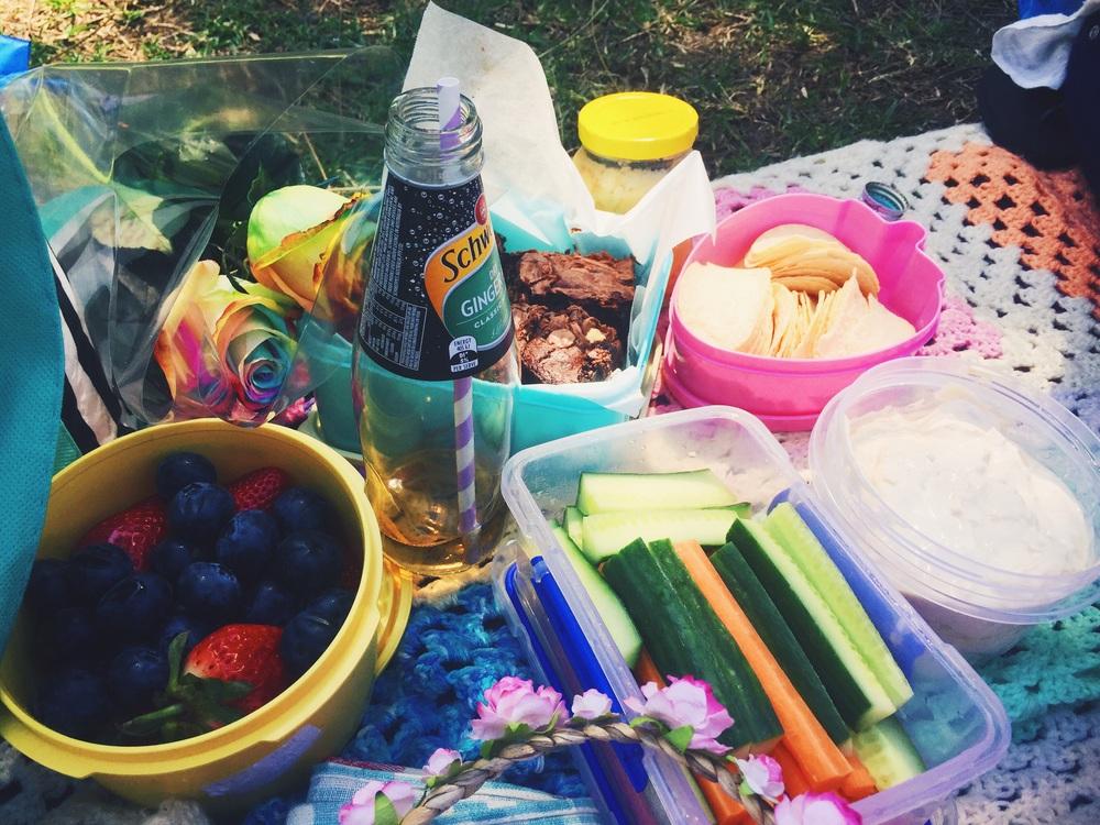 ruby & cake picnic