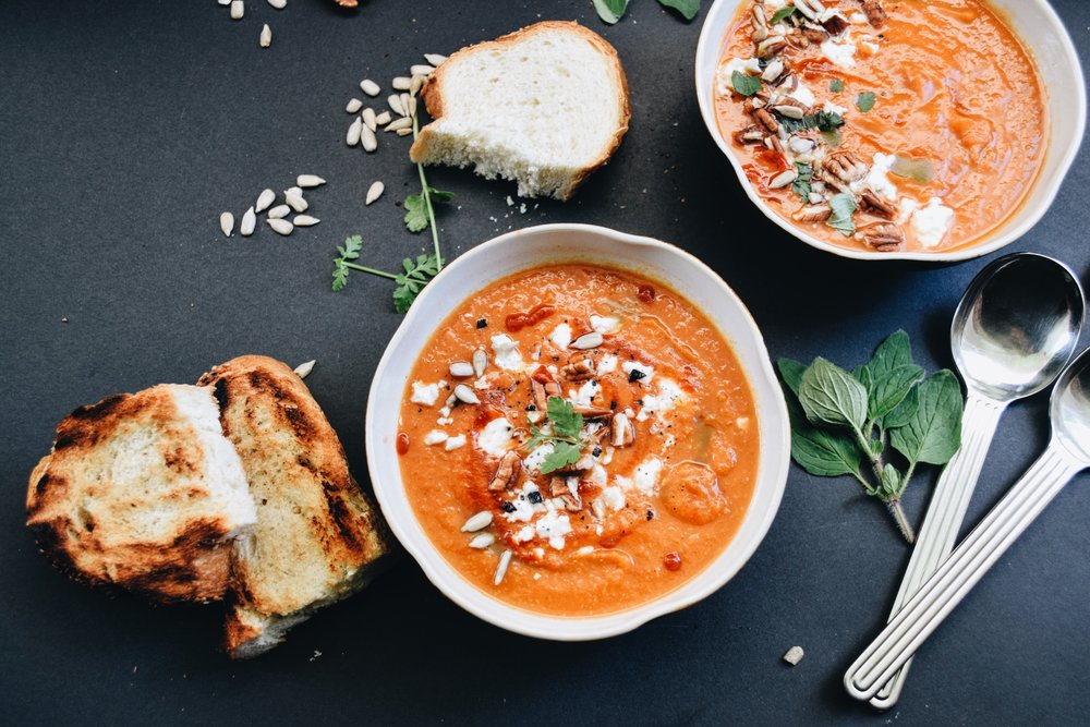 spiced tomato chickpea soup