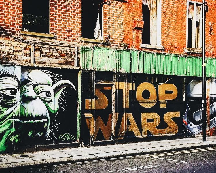 Dublin Street Art : Stop Wars
