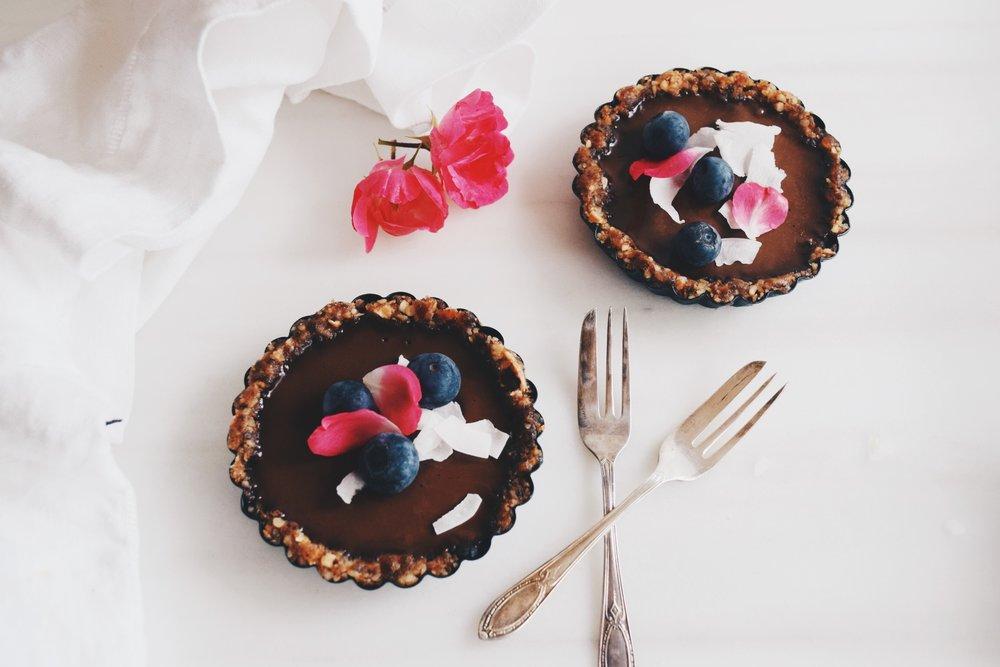 vegan cacao tarts