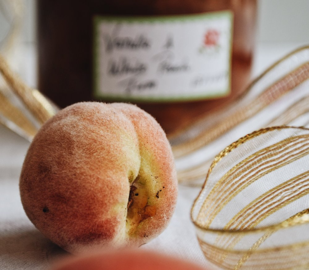 White peach & vanilla bean jam