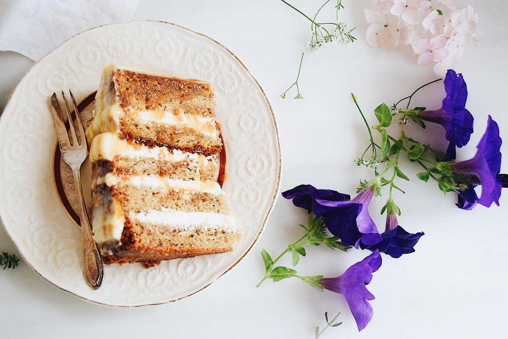 Banana cake with cream cheese frosting & salted caramel