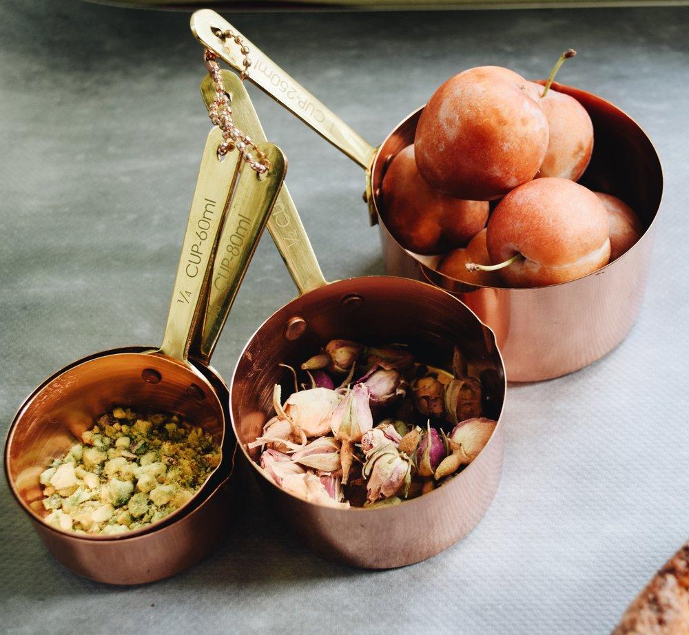 plum pistachio rose