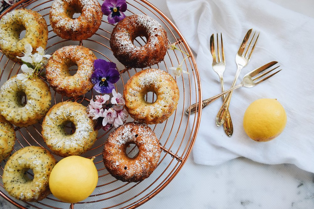 lemon bundt cakes