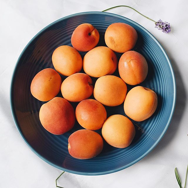 🧡🧡💛Apricot love 💛🧡🧡but what to make with this lot?💛🧡🧡