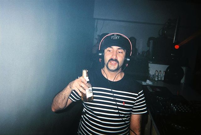 Stay thirsty friends🌀@valentinokhan #eoslounge #35mm