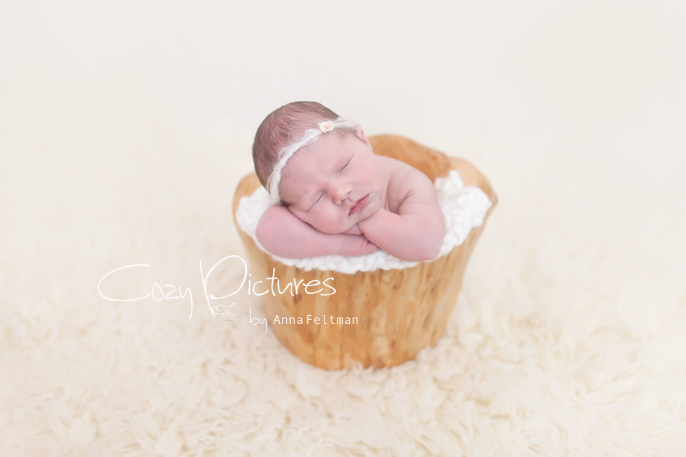 Newborn_Orlando_2_cozy_pictures.jpg