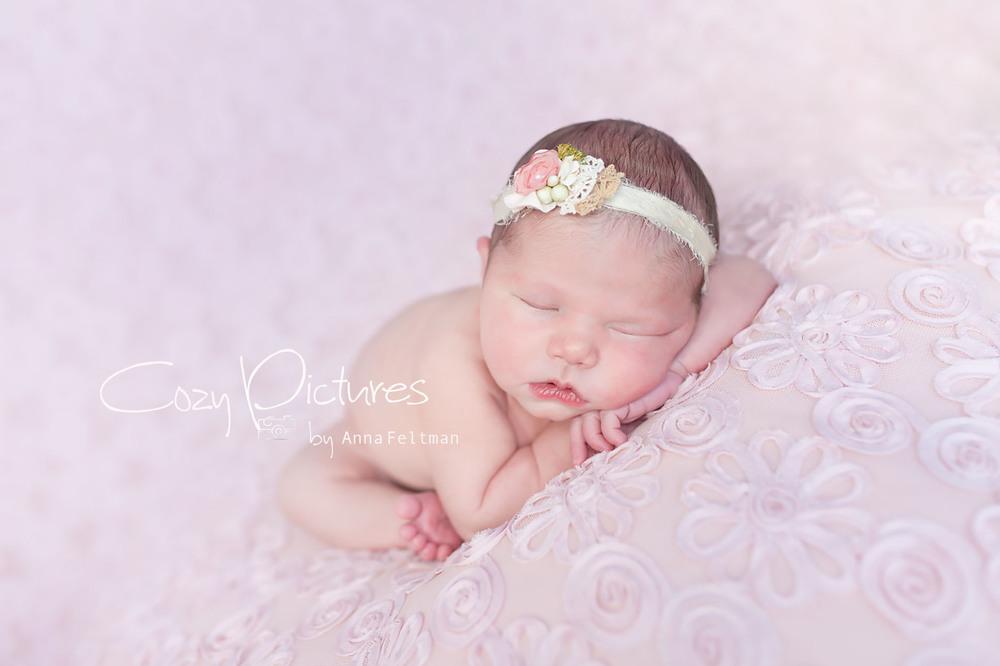 Newborn_Orlando_6_cozy_pictures.jpg