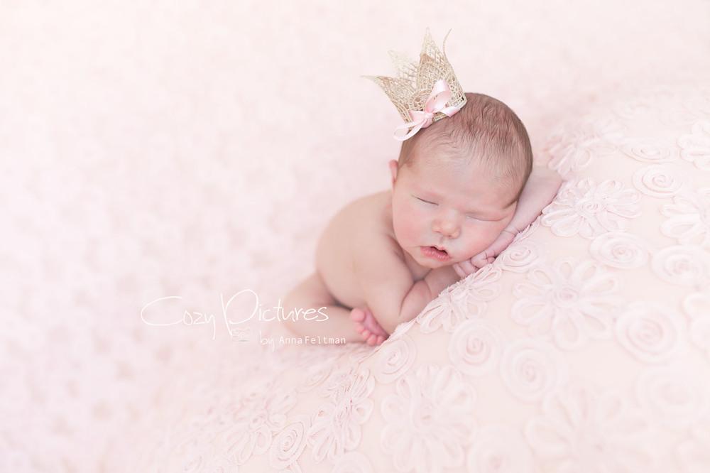 Newborn_Orlando_12_cozy_pictures.jpg