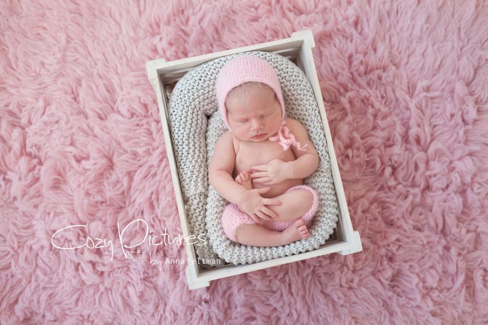 Newborn_Orlando_11_cozy_pictures.jpg