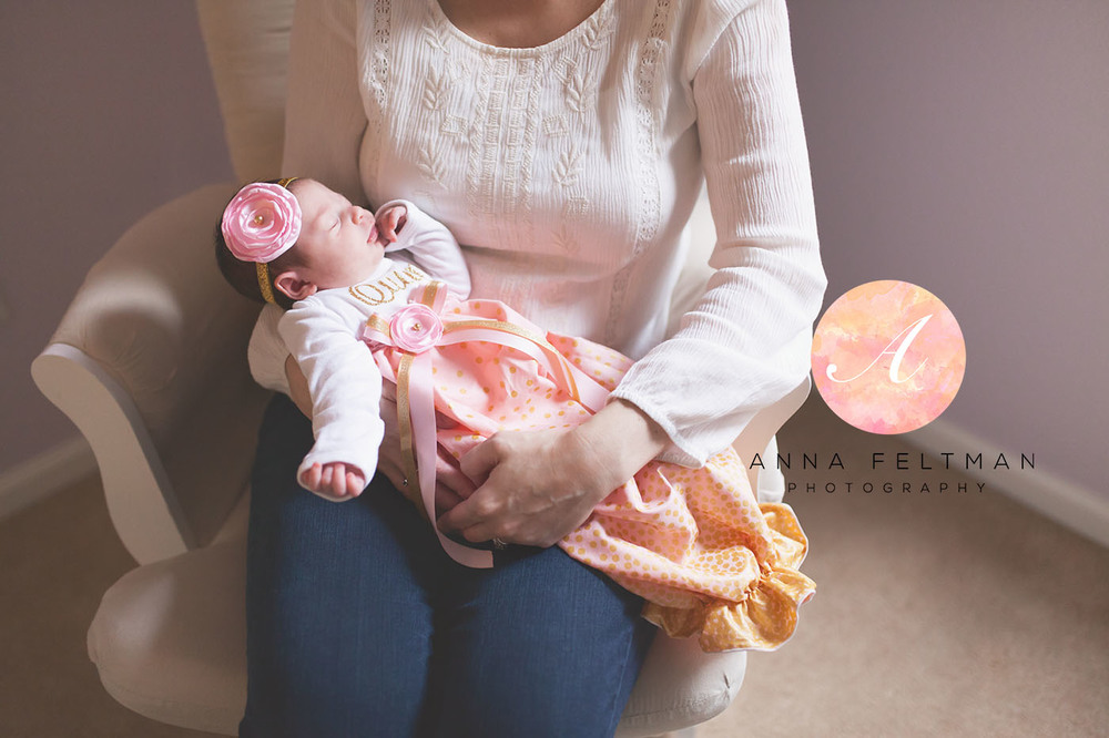 Lifestyle newborn Photographer Winter Park.jpg