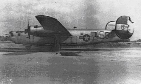 Bonnie Vee, 700th Squadron R+, at Tibenham after Lt. Bruce and crew returned from the 14 September 1944 mission. Note the damaged left stabilizer (tail).