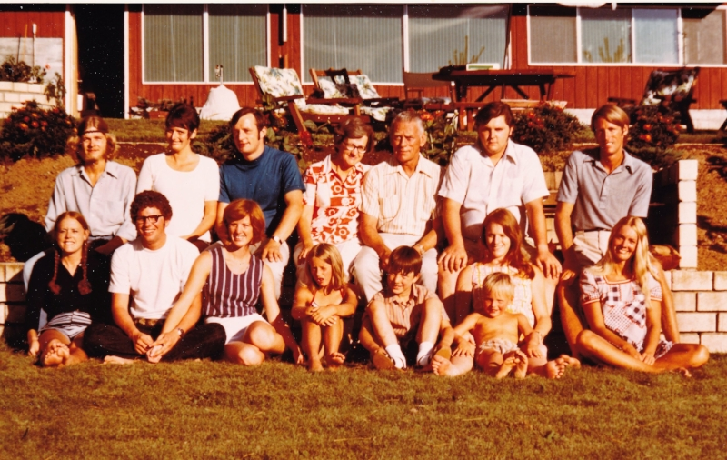 Michael Runestrand, back row far left. Janice sits in front of him on the far left, around 1971.