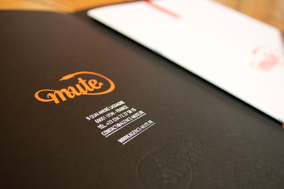 art-direction-branding-logo-print-mute-brochure.jpg