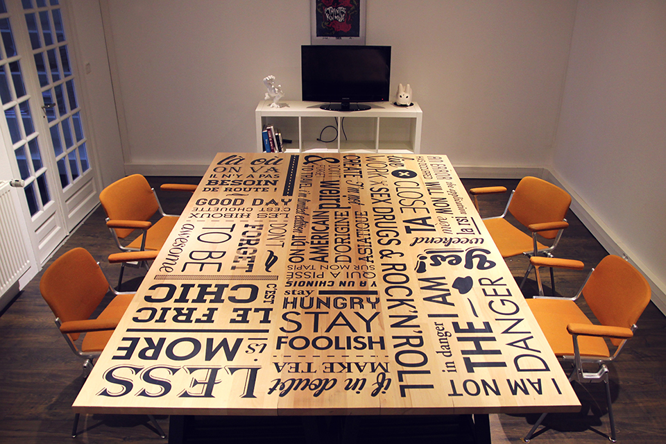 typography-fonts-illustration-words-table-full.jpg
