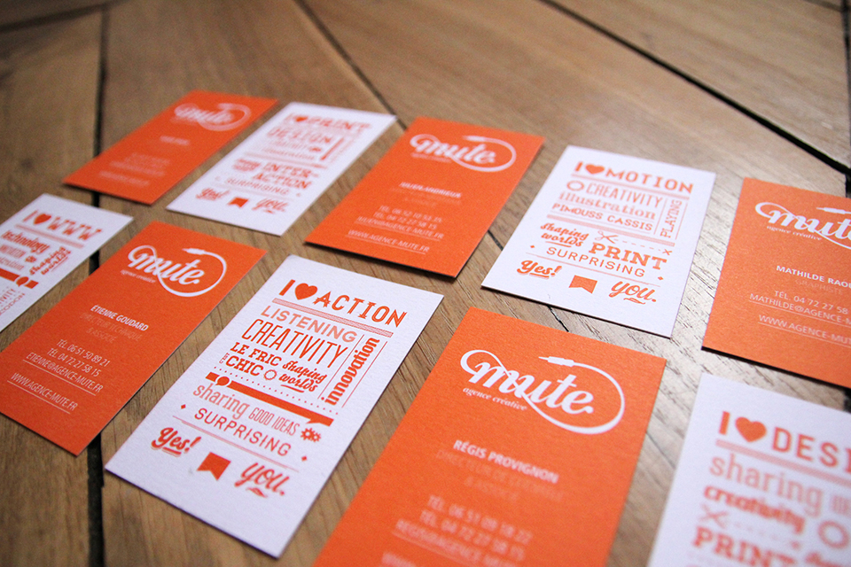 art-direction-branding-logo-print-mute-business-cards.jpg