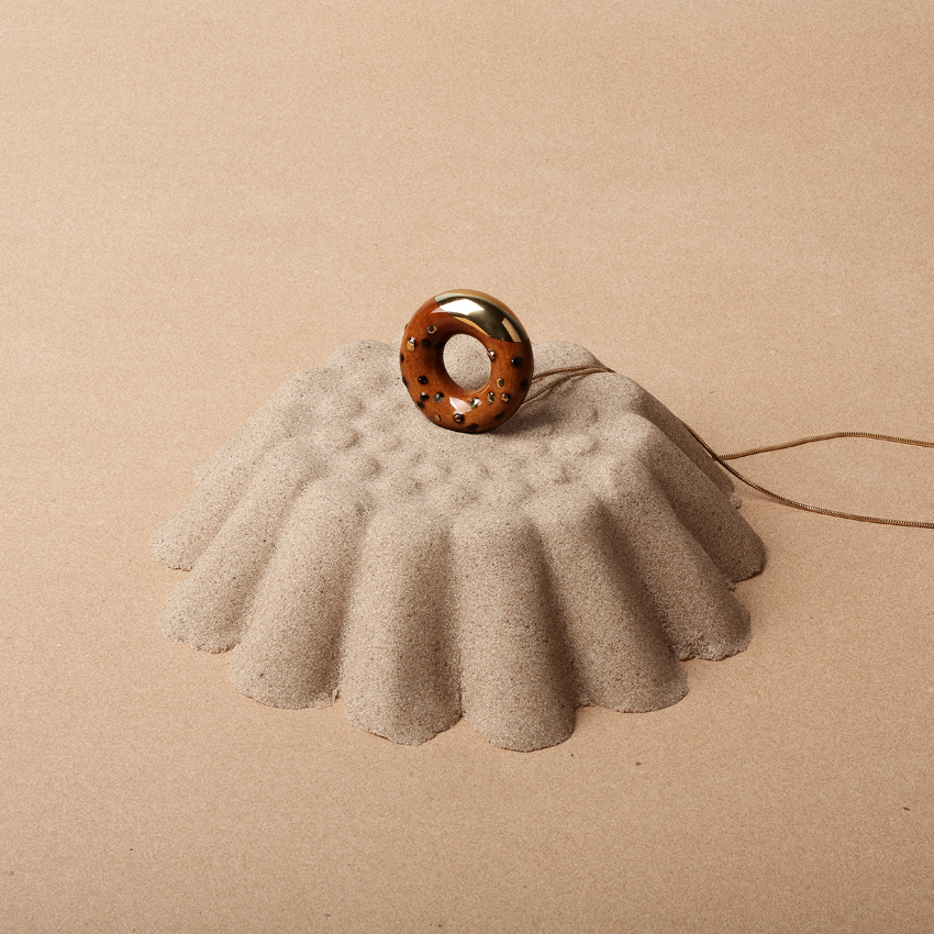 TADAM doughnut necklace with gold