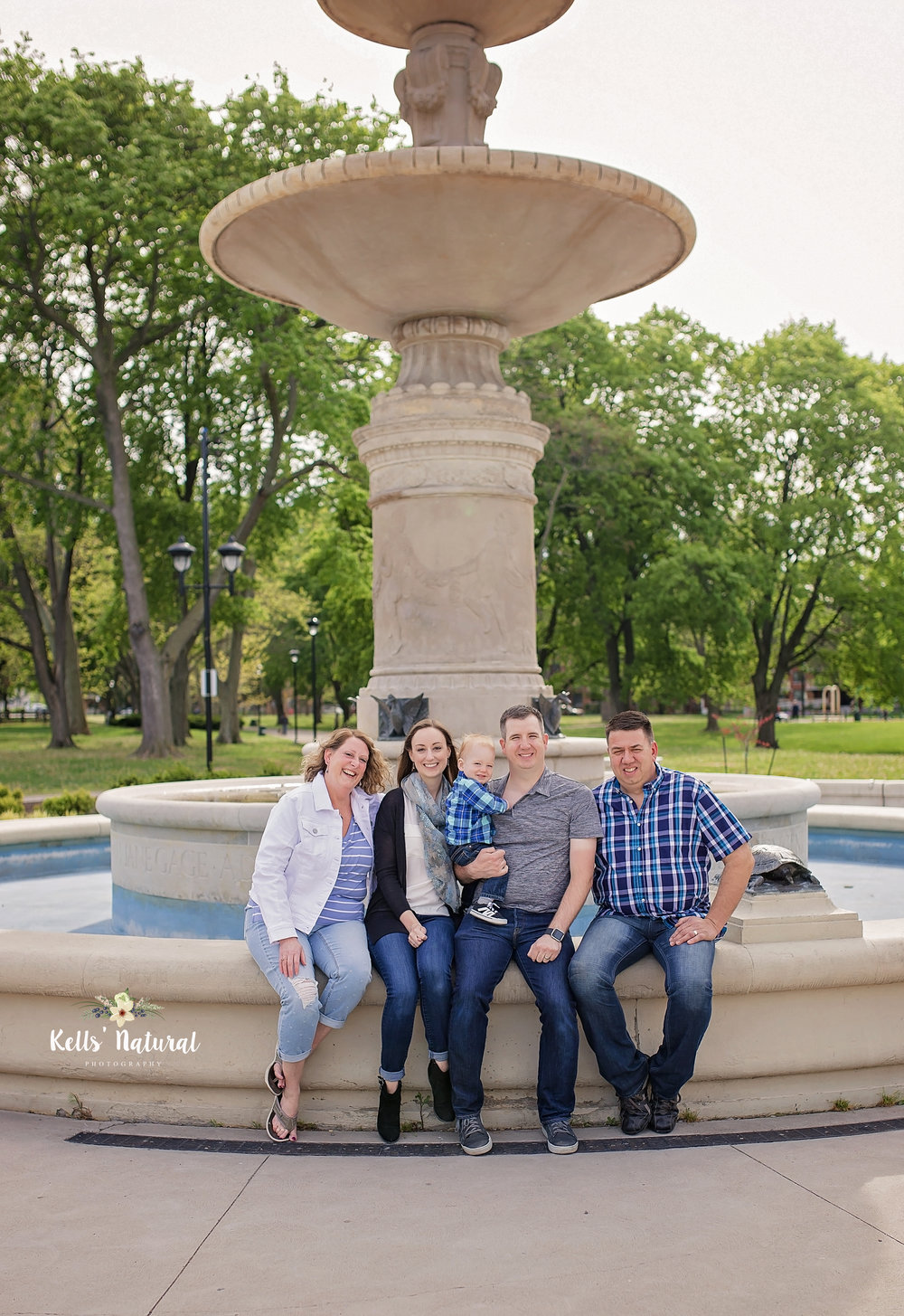 Family Photos Under fountain