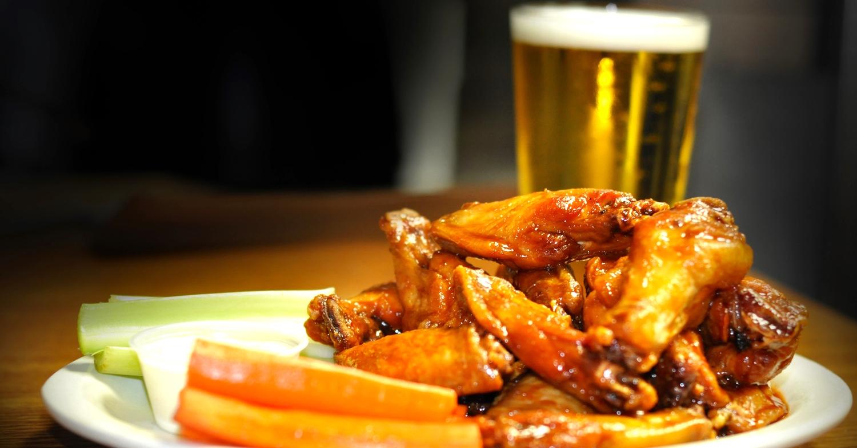 buffalo wings and beer