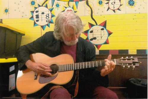 John McEuen playing my OOO28.