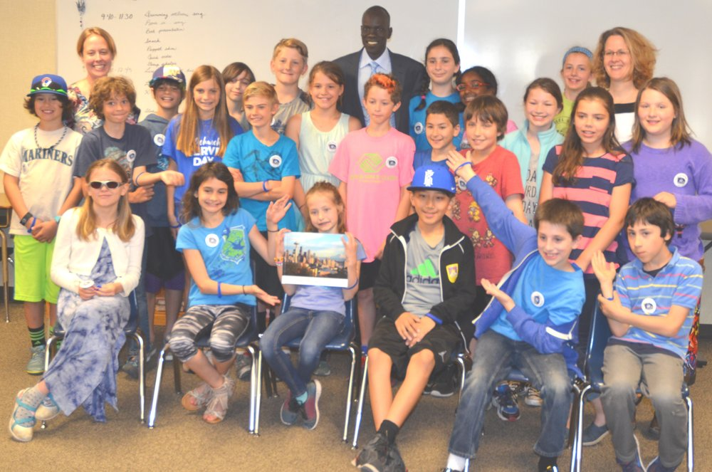The students of P5 & Ms. Hoyer at Daniel Bagley Elementary.jpg