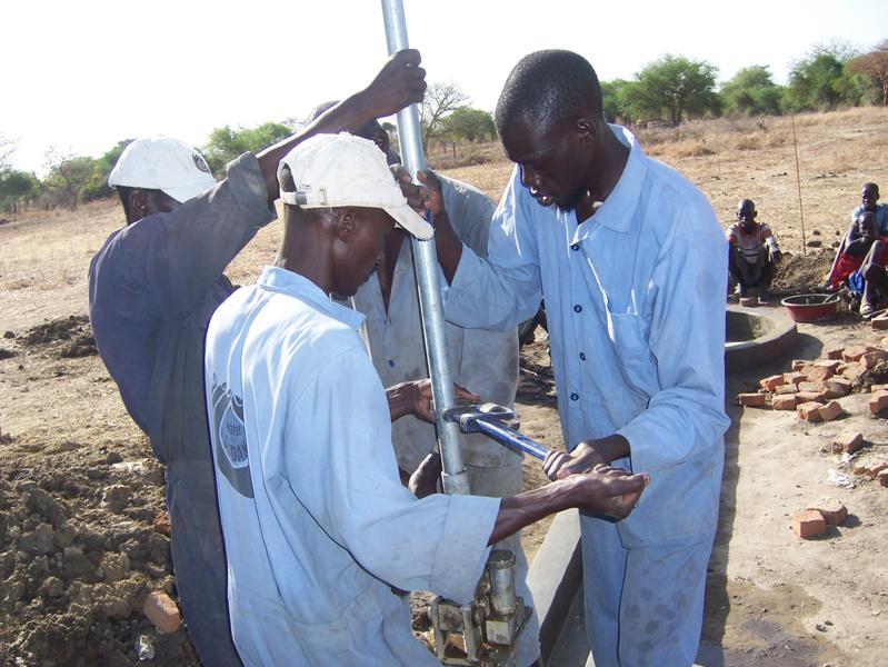 WFS Drilling crew 2 2011.jpg