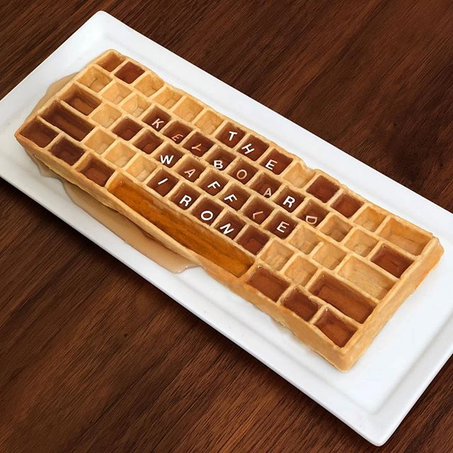 Not sure what to get dad for Father's day? Let us spell it out for you 🤓⌨️🍽 use code WAFFLESFORDAD to get 10% off the KWI on our site! (Link in bio) #fathersday #fathersdaygifts #happyfathersdaydad #wafflesfordad #keyboardwaffles #waffleiron #keyboard #waffles #geekgifts #ctrlaltdelicious