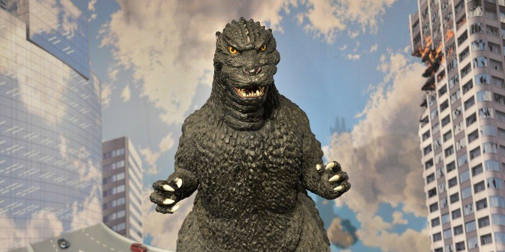 Godzilla - on da farm...