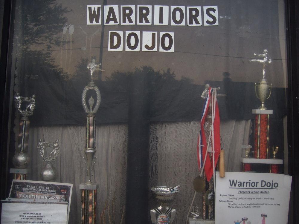 DSCF2022-warriors_dojo_letters_storefront.JPG