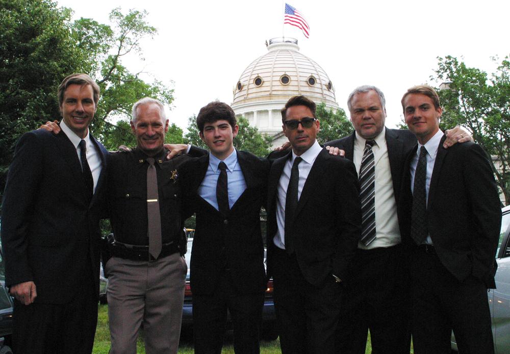 Dax Shepard, Matt Riedy, Ian Nelson, Robert Downey Jr., Vincent D'Onofrio, Paul-Emile Cendron