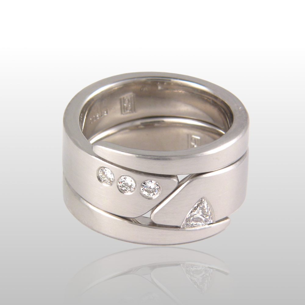Contemporary wedding band set 'Duo' in platinum with diamonds by Pratima Design Fine Art Jewelry
