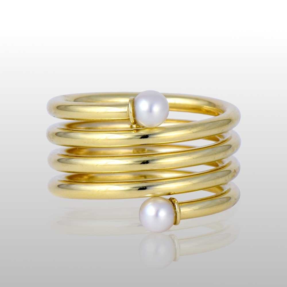Spiral Ring in 18k Gold with Akoya Pearls by Pratima Design Fine Art Jewelry