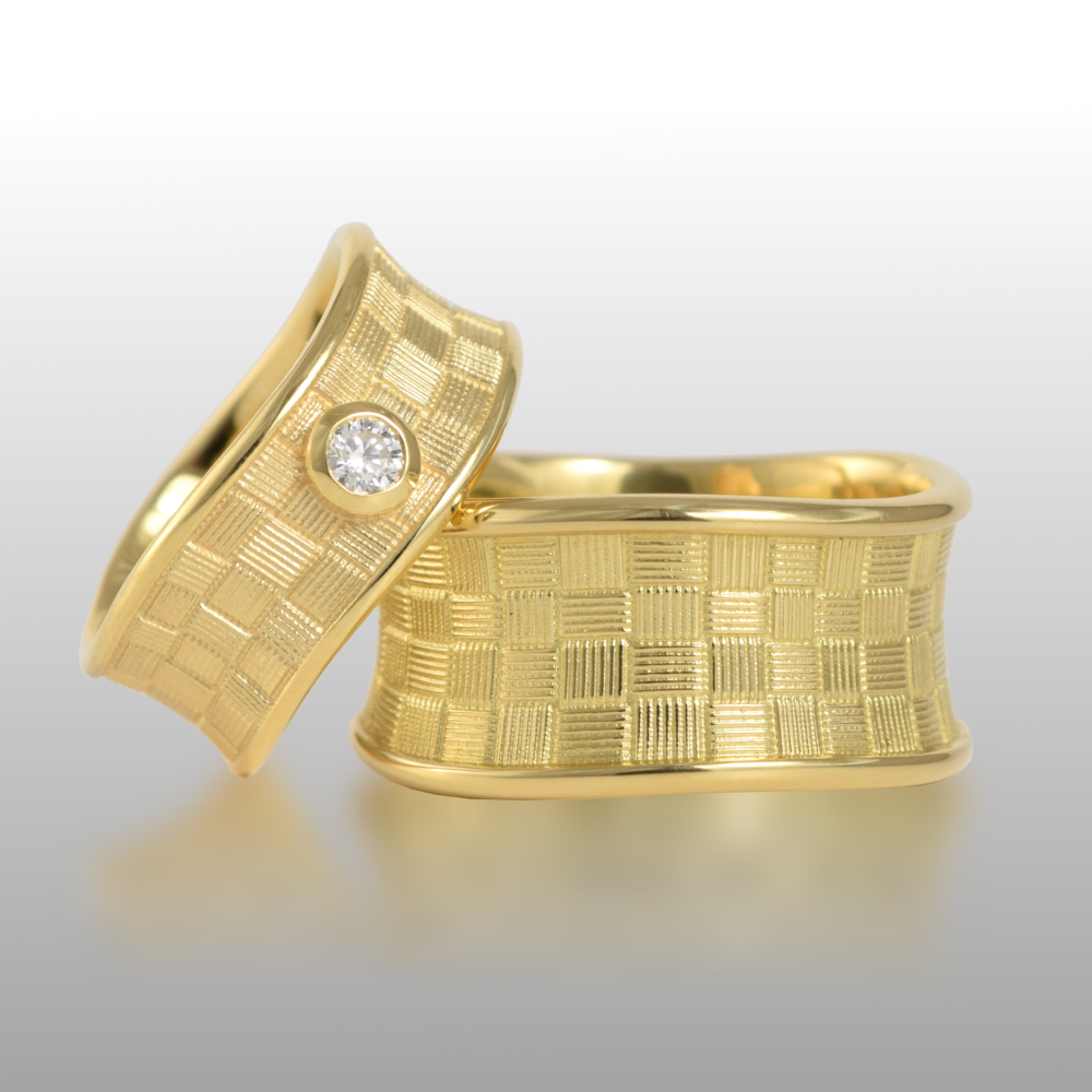 Wedding Band Set 'Lauhala' -His and Hers- with 18k Textured Gold and 3mm Diamond by Pratima Design Fine Art Jewelry Maui