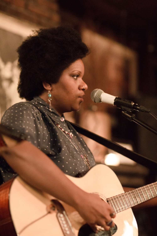 Soul-folk singer and songwriter, Aviva Jaye