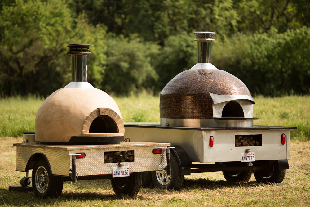 OVEN RENTALS. - Whether its for a large catering event, or an intimate family gathering, Forno Piombo has mobile ovens for every occasion. We offer everything from ovens, and cooking utensils to fully prepped food and even kegs!