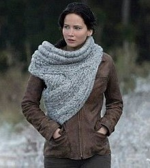 Now, my dream casual cosplay would include this wonderful knit work from Catching Fire. However, I still have yet to learn to knit to achieve such a dream.