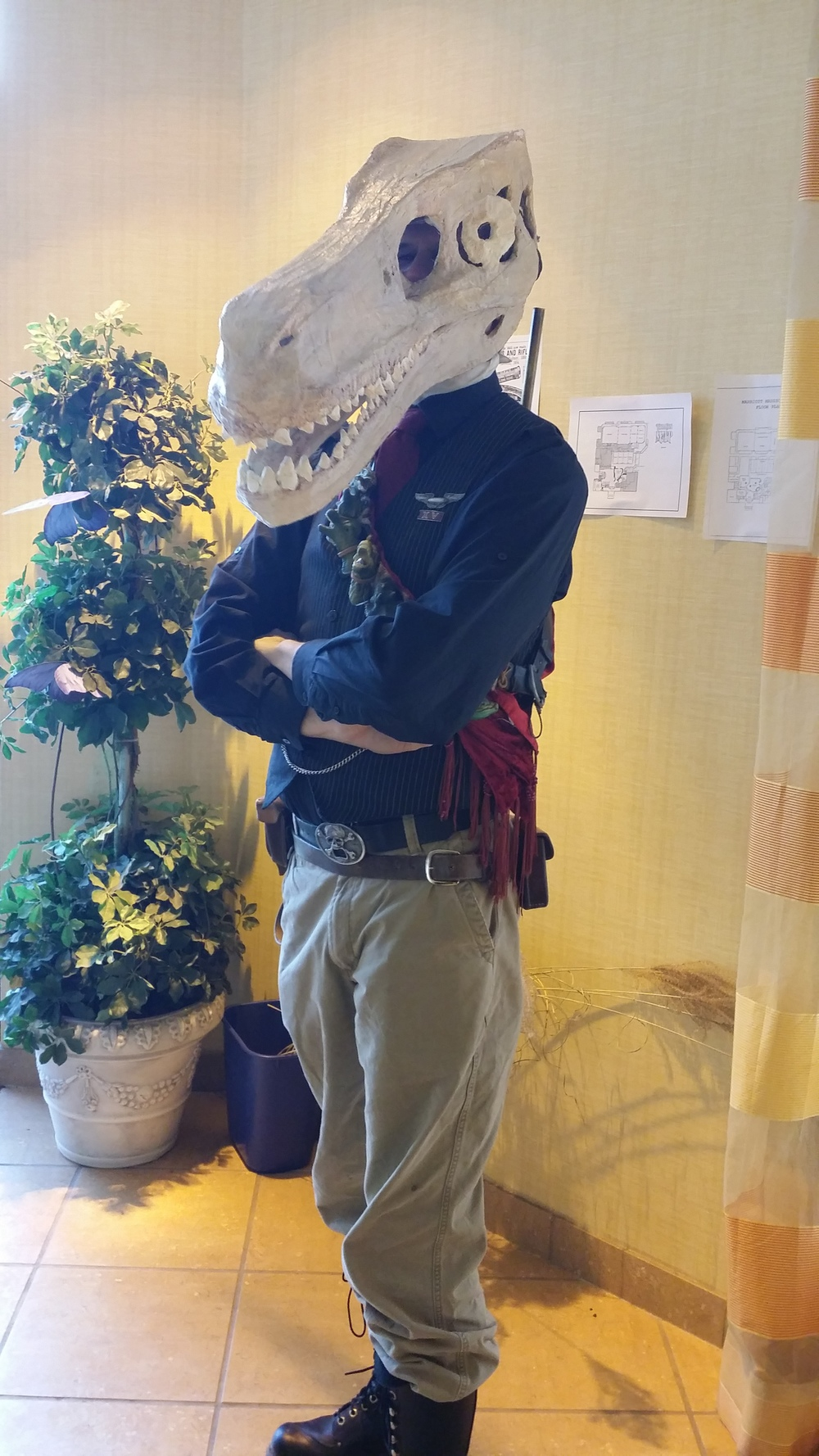 This attendee had a dinosaur skull mask that actually could move when he talked.