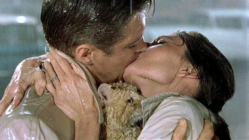 tiffanys-kiss.jpg